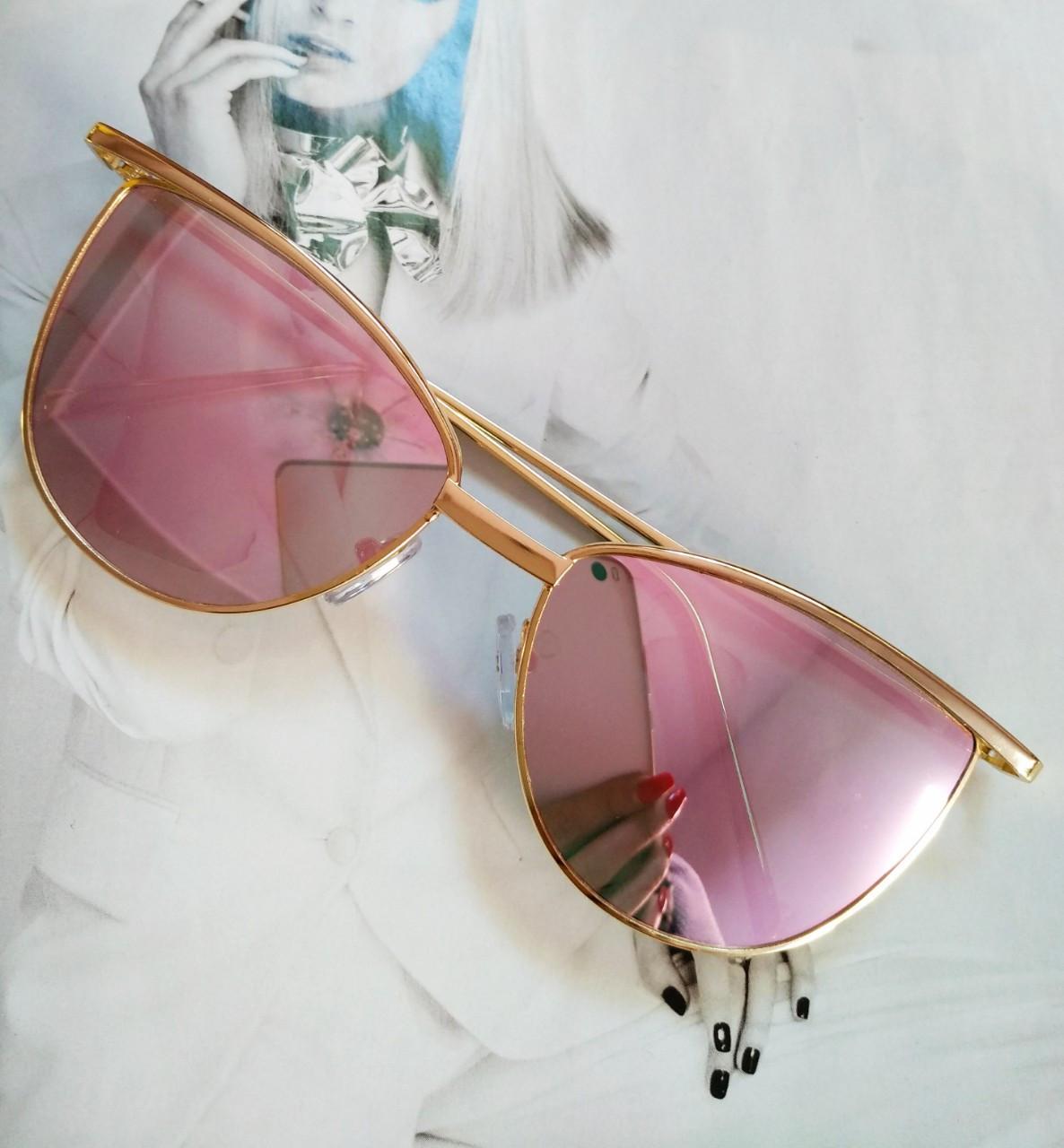 Солнцезащитные женские очки кошачий глаз Пудровый