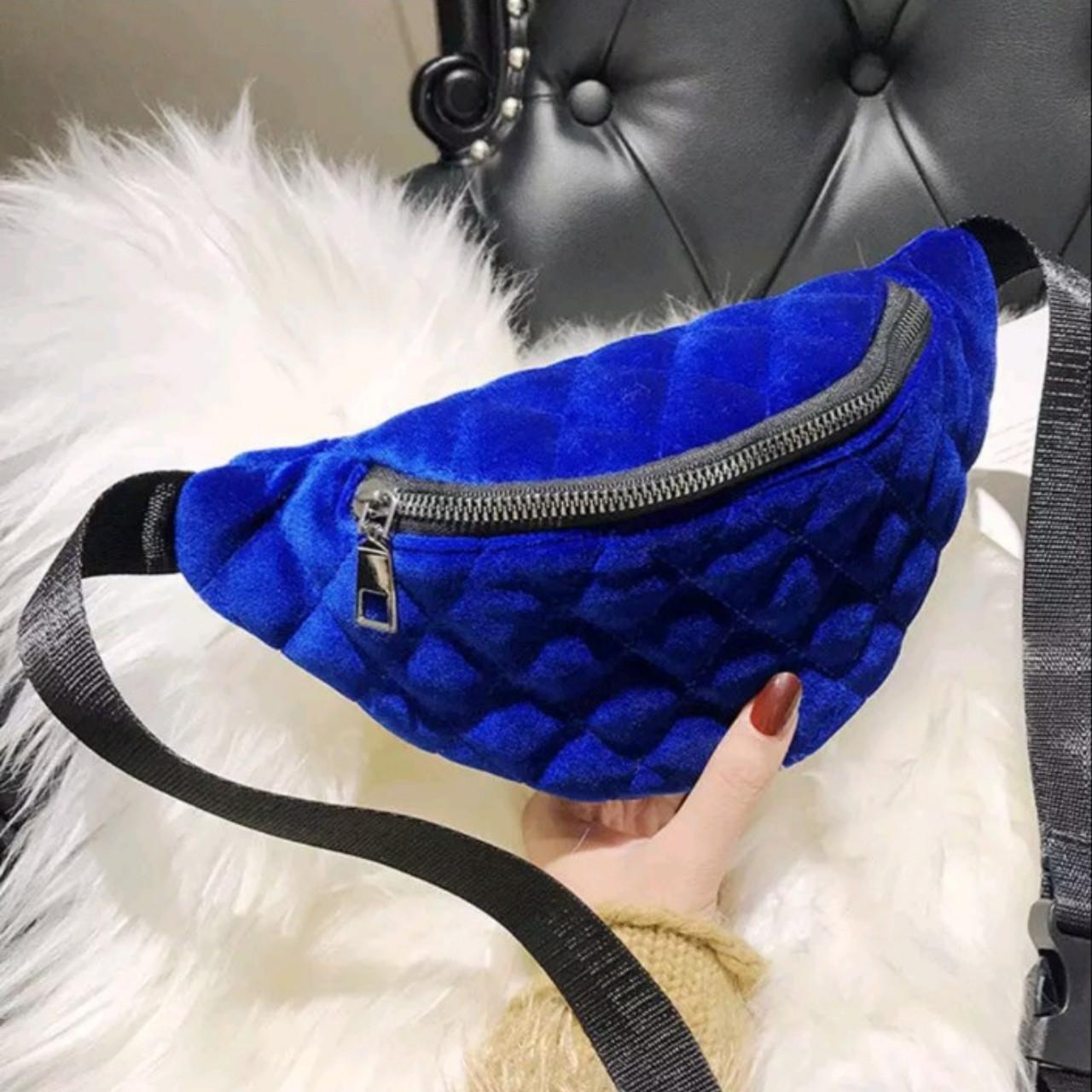Классическая женская сумка бананка, Синяя 1