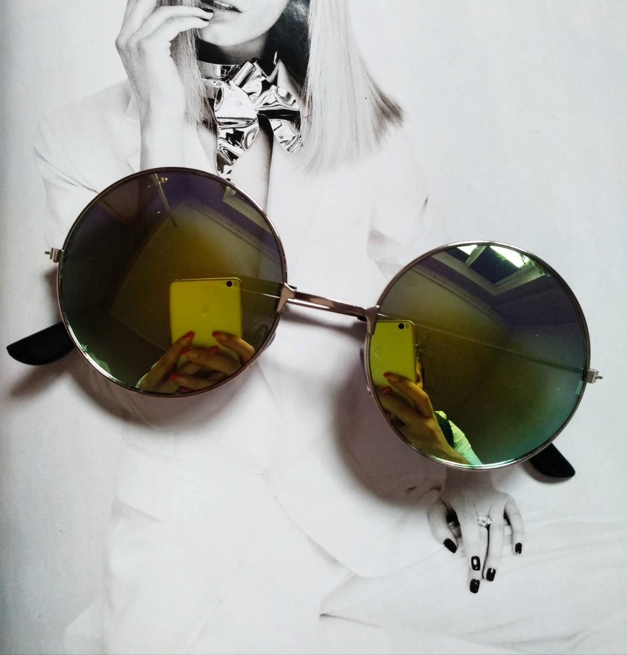 Солнцезащитные круглые  очки  тишейды  желто-зеленый в серебре