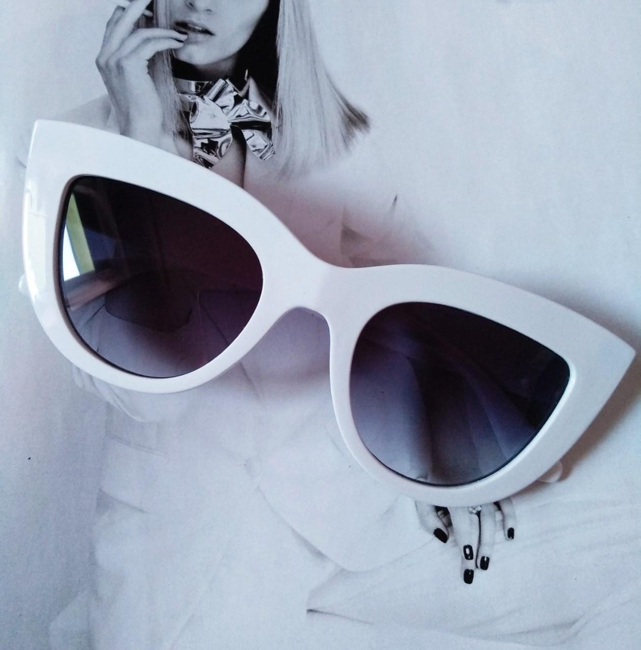 Солнцезащитные очки в стиле кошачий глаз Белый