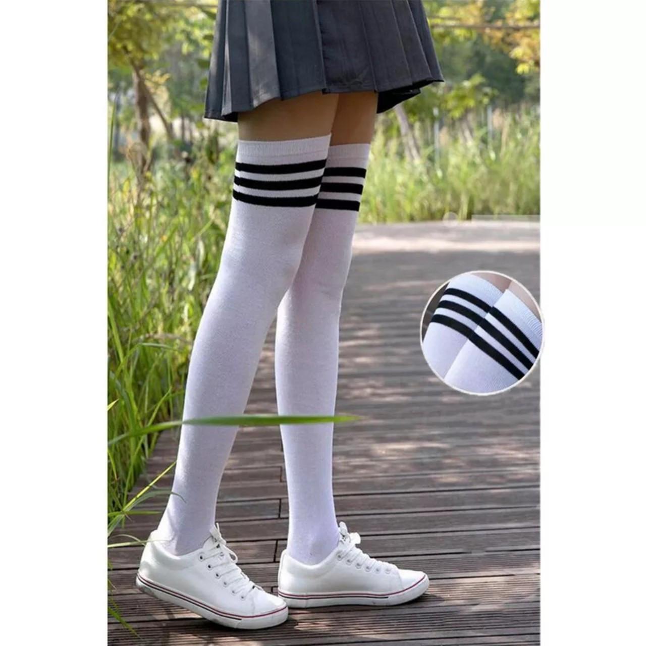Взрослые  высокие гетры, гольфы с полоской за коленки Белый