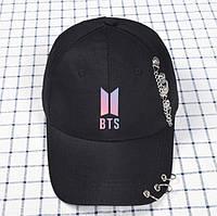 Кепка Бейсболка BTS с кольцами и цепями Черная с розовой эмблемой