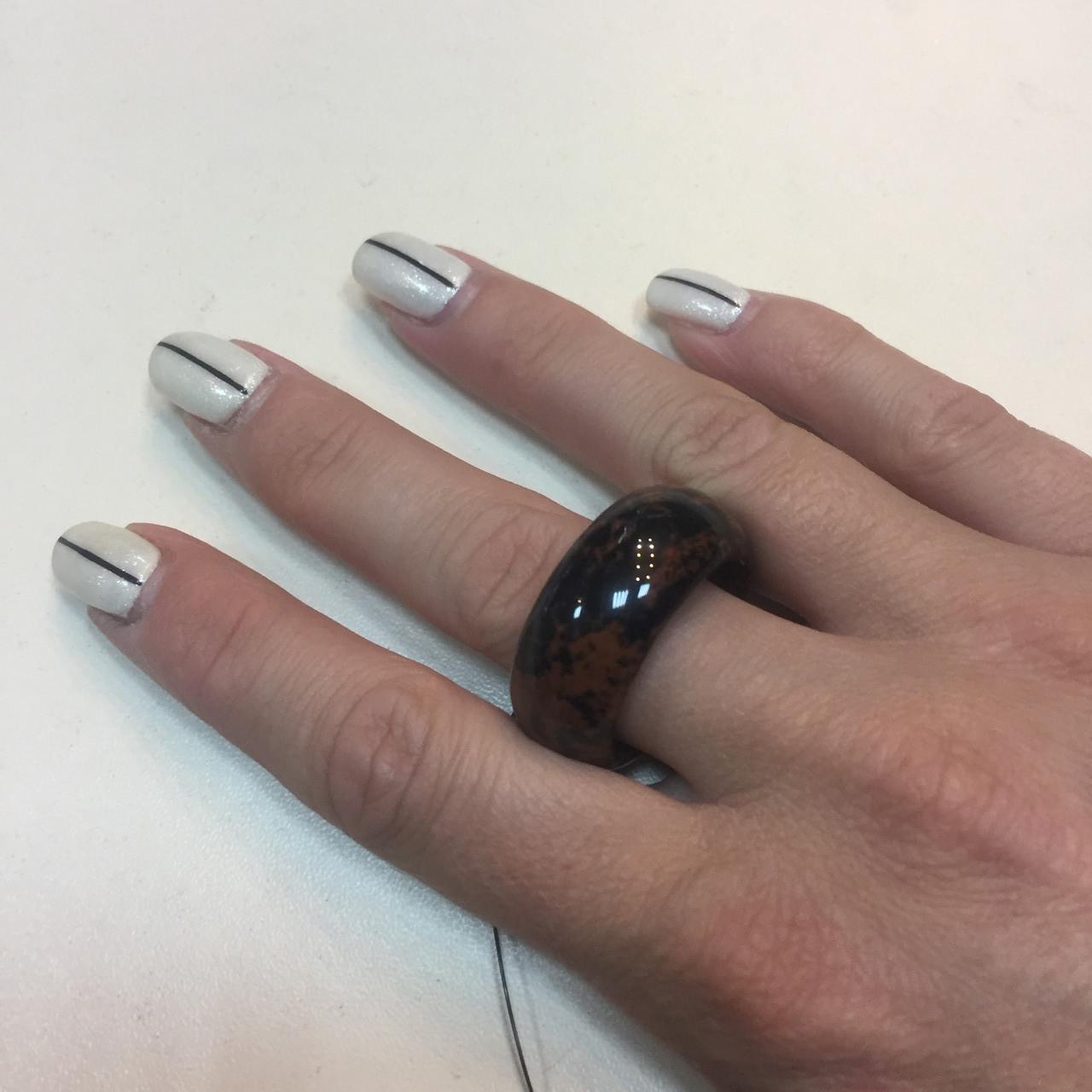 Обсидиан кольцо с обсидианом. Цельный обсидиан размер 22