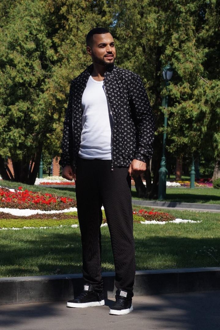 Костюм мужской из трикотажа с кофтой с принтом (К28859)