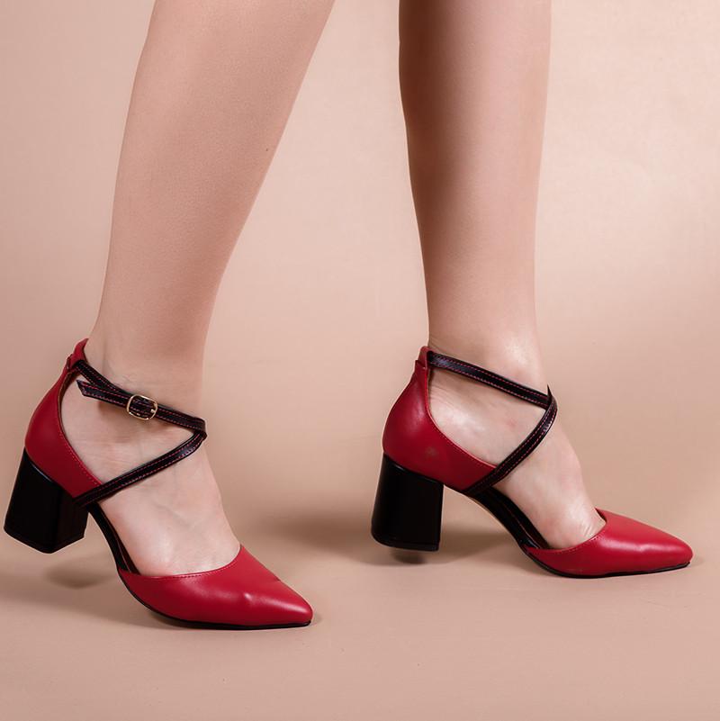 Женские туфли кожаные на среднем каблуке. Натуральная кожа, цвет на выбор.