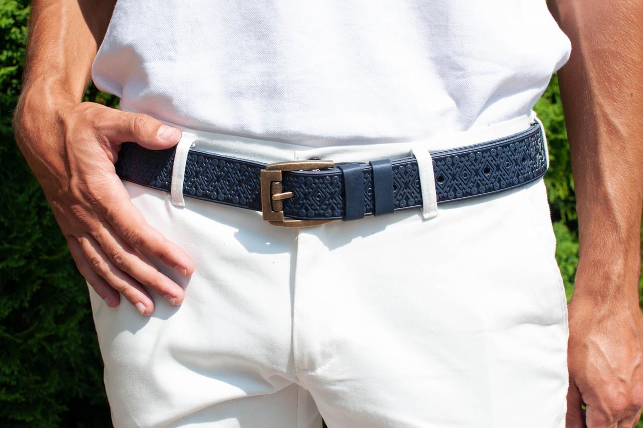 Кожаный качественный синий ремень с тисненым орнаментом, фото 1