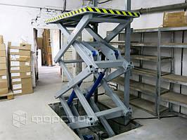 Трехножничный подъемник с платформой 2000х1000 мм.