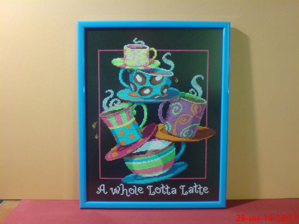 """Вышивка,""""Чайный сервиз"""",на канве.Выполнена в технике """"счетный крест"""".Оформление в рамку выраженного голубого глянцевого цвета  из дерева .Стекло антибликовое 2 мм."""
