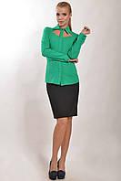Зеленая строгая офисная женская блуза рубашка с прорезью Рия 50