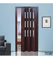 Дверь гармошка со стеклом. Цвет: орех. №7036 2030мм/860мм/10мм
