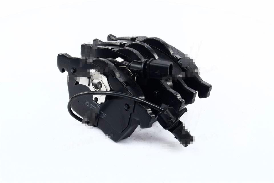 Колодки тормозные дисковые AUDI A4 00-08, A6, PASSAT 00-05 передние (Rider). RD.3323.DB1307
