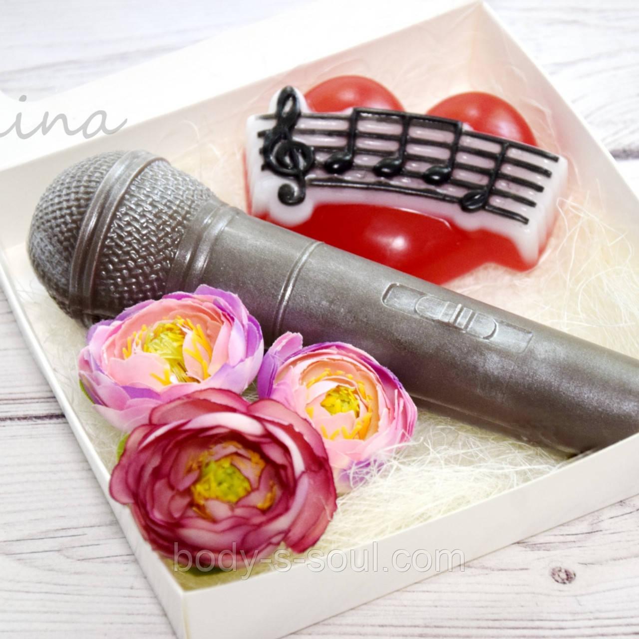 Пластиковая 3D форма Микрофон