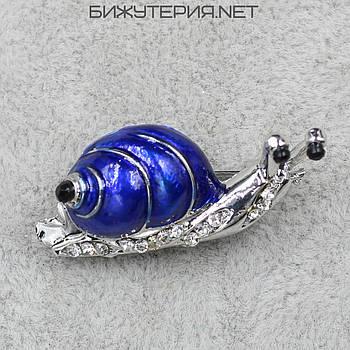 Брошь JB Улитка синяя эмаль цвет металла Silver с камнями белого цвета - 1039819430
