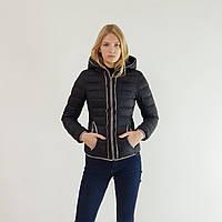 Пуховик-куртка зимний женский Snowimage короткий с капюшоном черного цвета