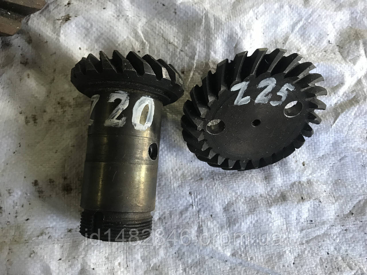 Шестерни с круговым зубом z20 z25