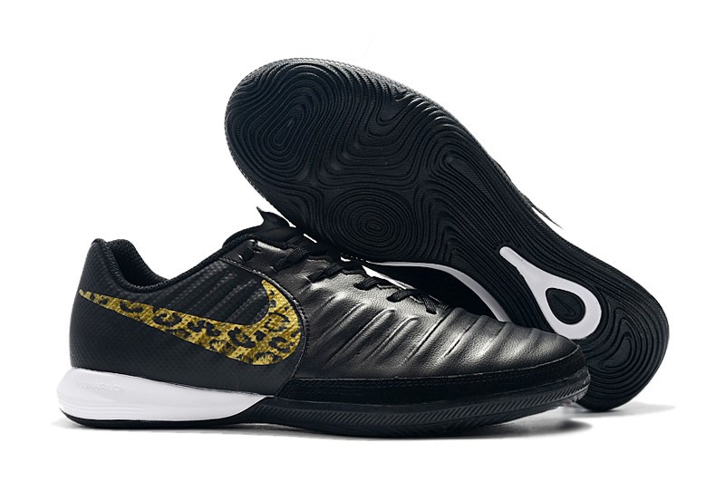 Футзалки Nike Tiempo Lunar Legend VII Pro IC black/gold