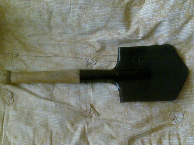 Малая пехотная лопата