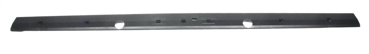 Планка двери (задней/нижняя) MB Sprinter/VW LT 96- (02.53.161) TRUCKTEC AUTOMOTIVE