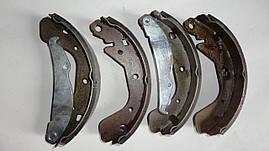 Колодки тормозные задние Lanos, Nexia, Nubira MCH. 96226110