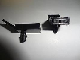 Жиклер омывателя ВАЗ 2110 (передний). 2110-528060-01
