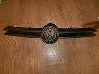 Решетка радиатора VW GOLF IV 97-06