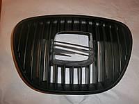 Решетка радиатора SEAT CORDOBA 02-04