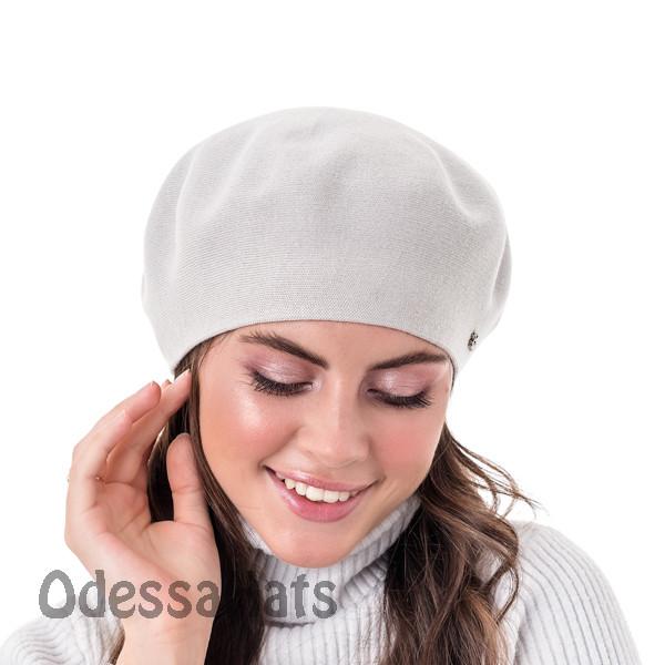 Вязаный женский берет  W-Luxury двухслойной вязки светло серый