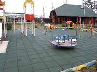 Резиновое покрытие для детских площадок 20мм.