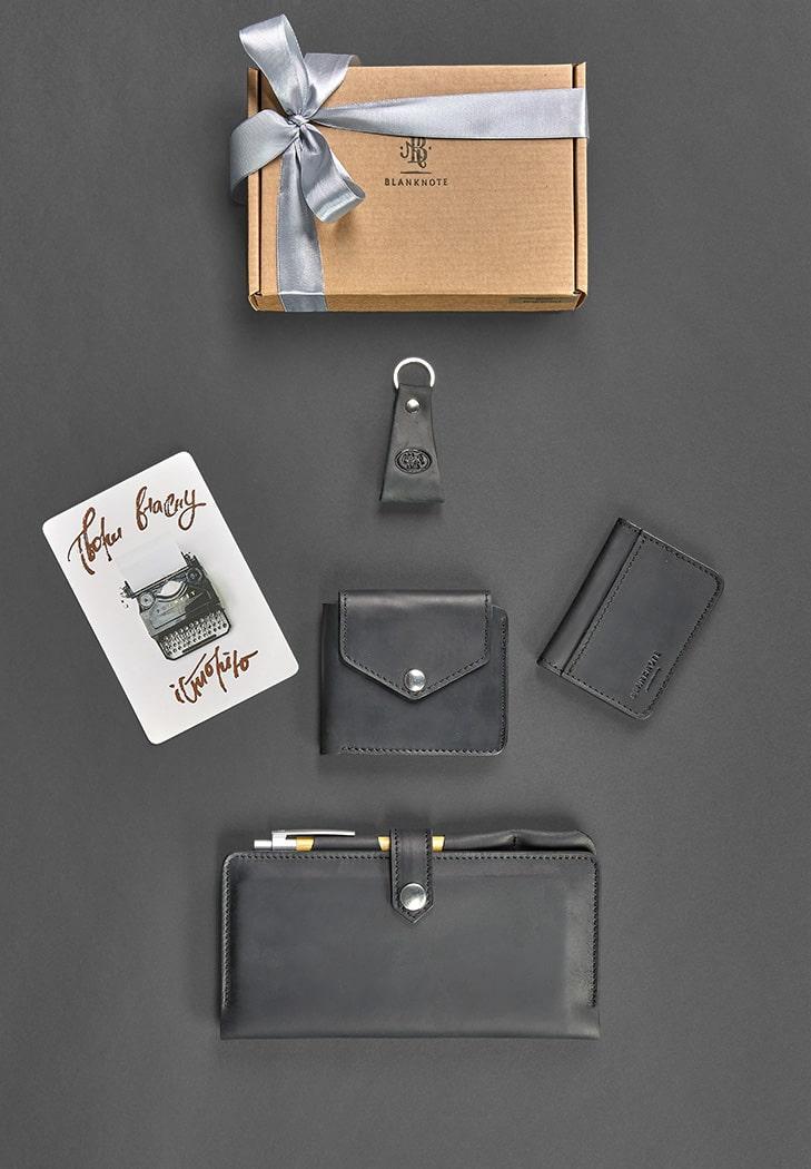 """Подарочный набор кожаных аксессуаров для путешественника """"Дублин"""". Цвет черный"""
