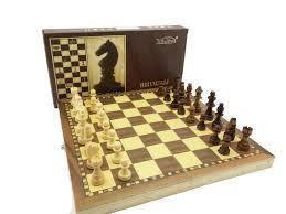 Деревянные шахматы с магнитом