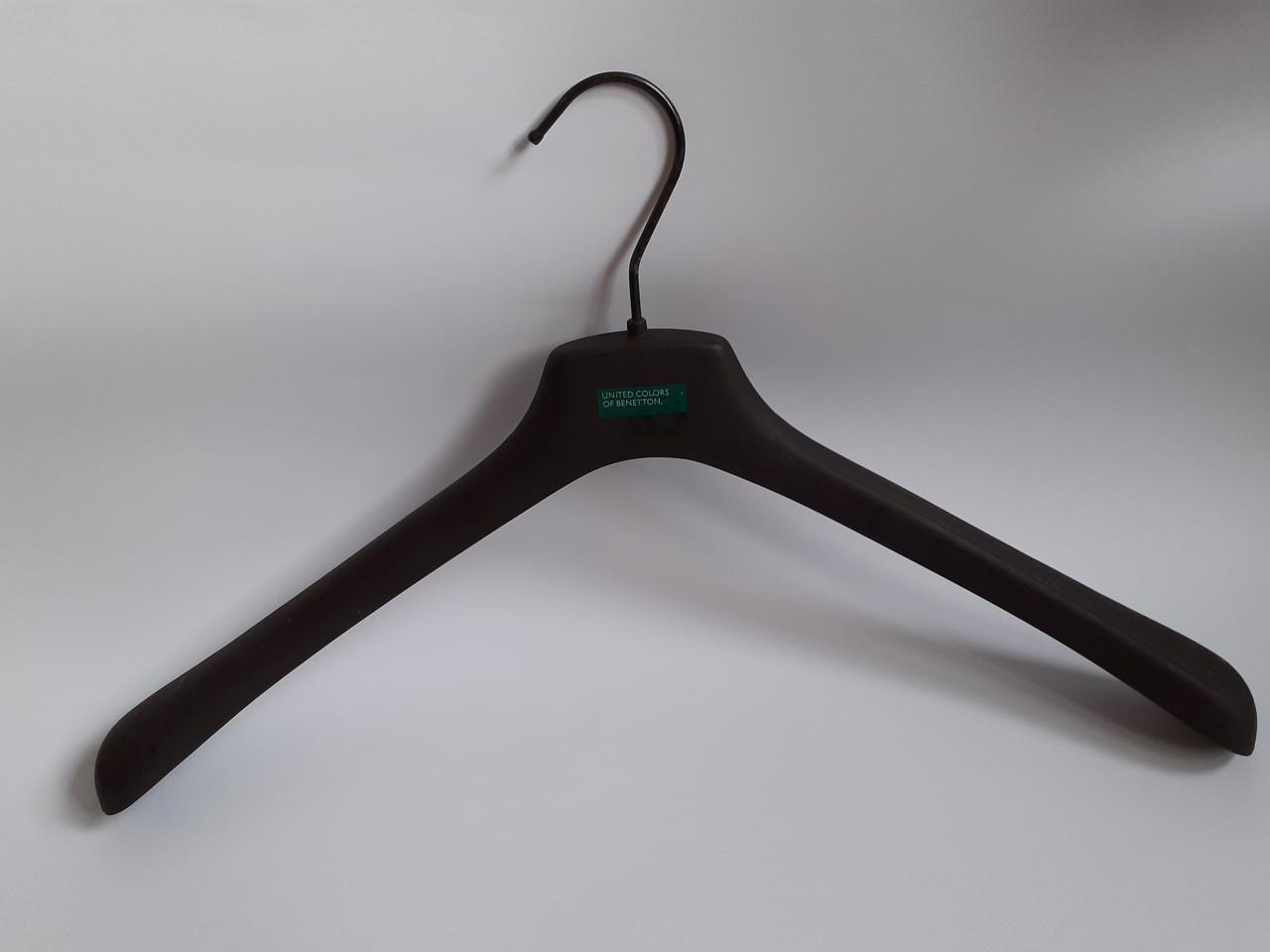 Вешалки для верхней одежды, плечики с широким плечом Benetton 36см