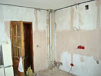 Демонтаж побелки, стена