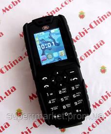 Телефон LAND ROVER XP3300 - 2 Sim, 12000 mAh power bank
