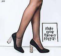 Туфли женские на каблуке черные 3111