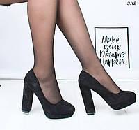 Туфли женские на каблуке черные 3112
