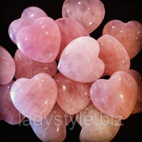 Розовый кварц - камень любви...