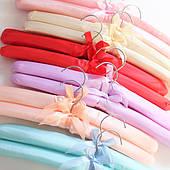 Атласные мягкие вешалки для одежды