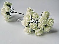 Троянди латексові шампань 1,5 см