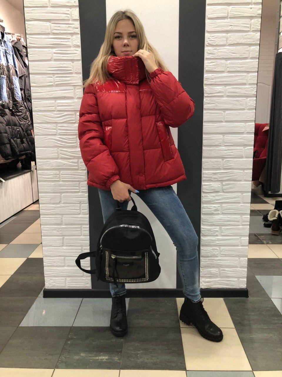 Куртка с лаком красная 726
