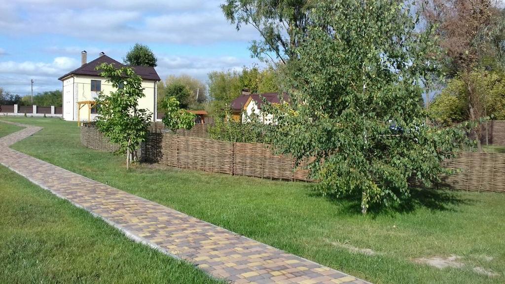 Декоративный забор тын в частном секторе Сеньковка