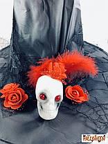 Колпак ведьмы с черепом и фиолетовыми/красными розами, фото 3
