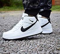 Кроссовки Nike Air Force высокие белые с черным значком мужские 0137
