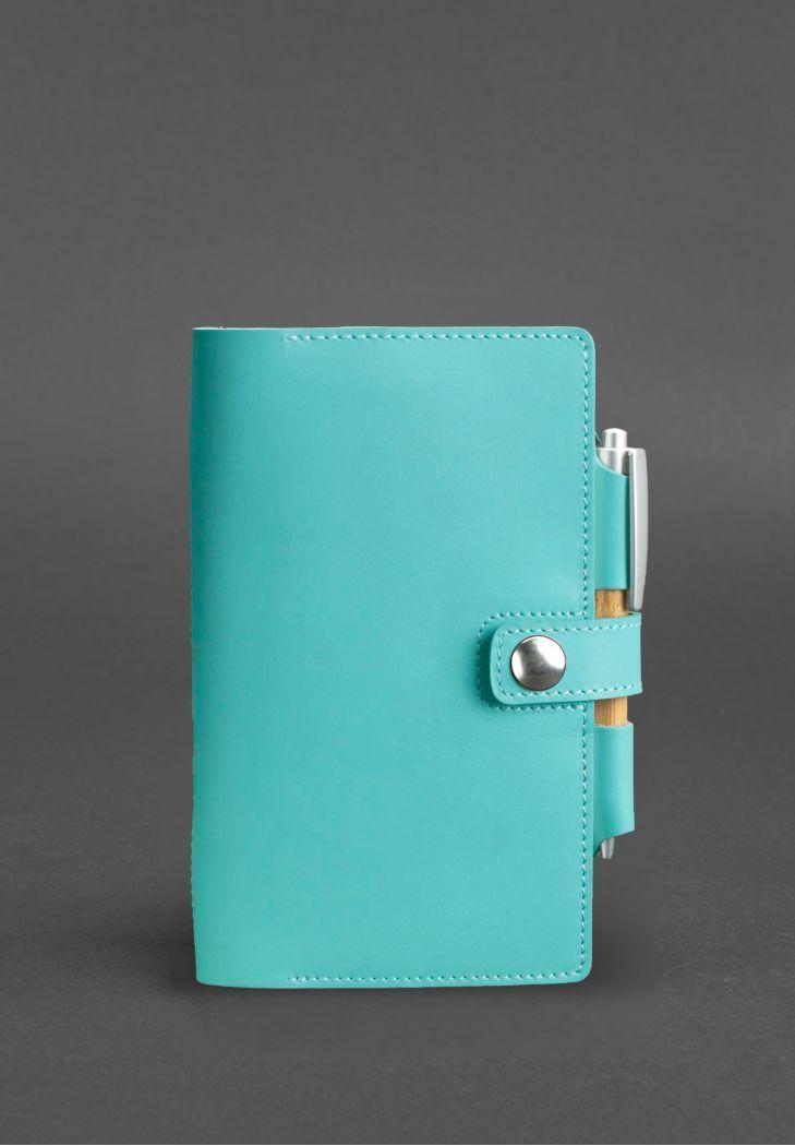 Женский кожаный блокнот (софт-бук) на кнопке с держателем для ручки. Цвет бирюзовый