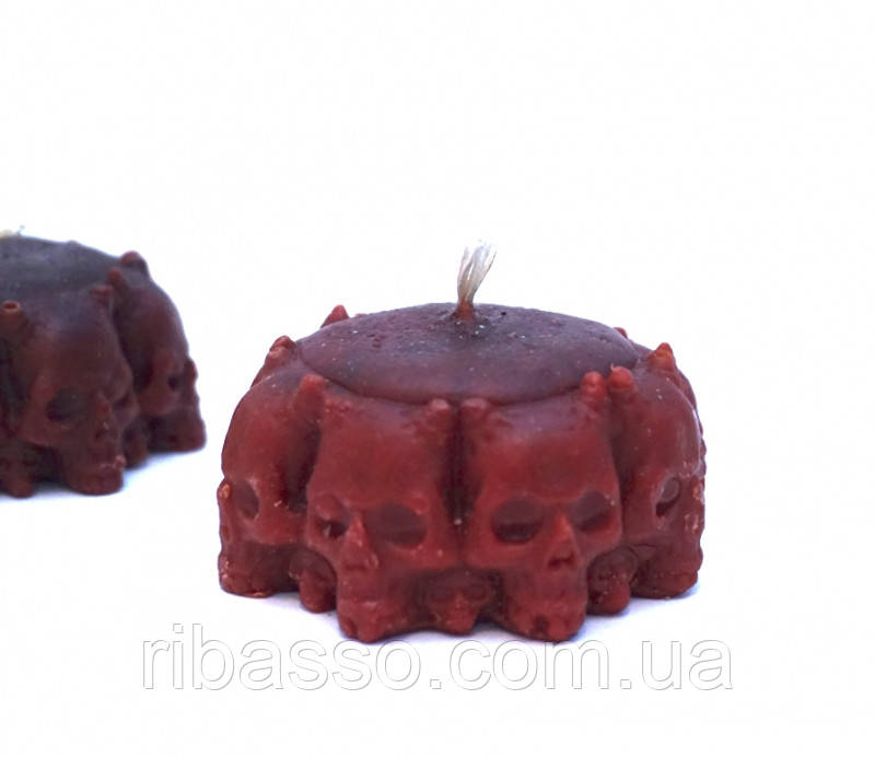 9060059 Свеча восковая Круг из черепов красная