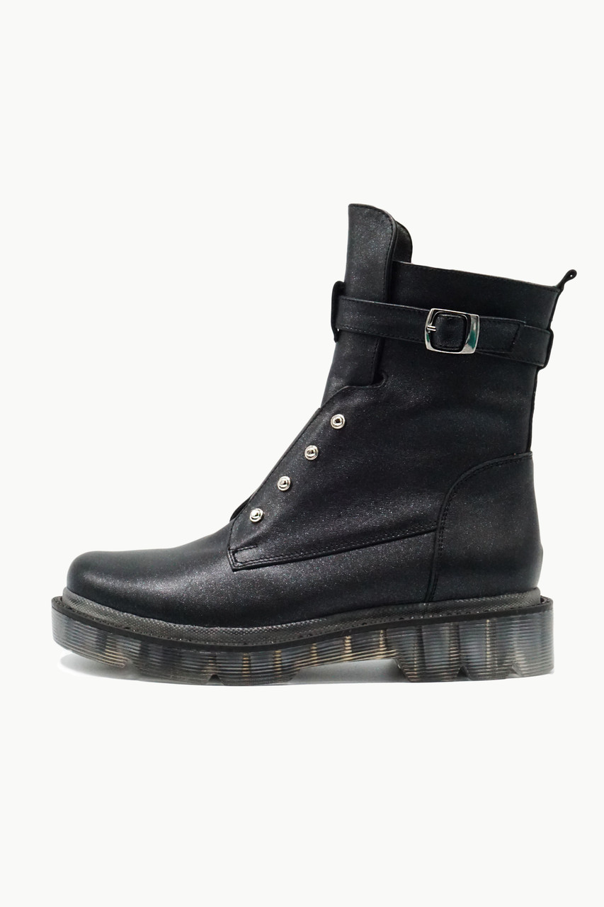 Трендовые высокие ботинки из натуральной кожи