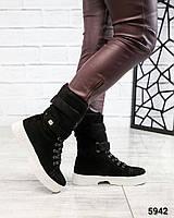 Женские Зимние ботинки с лейбой UGG. Размер 36 38