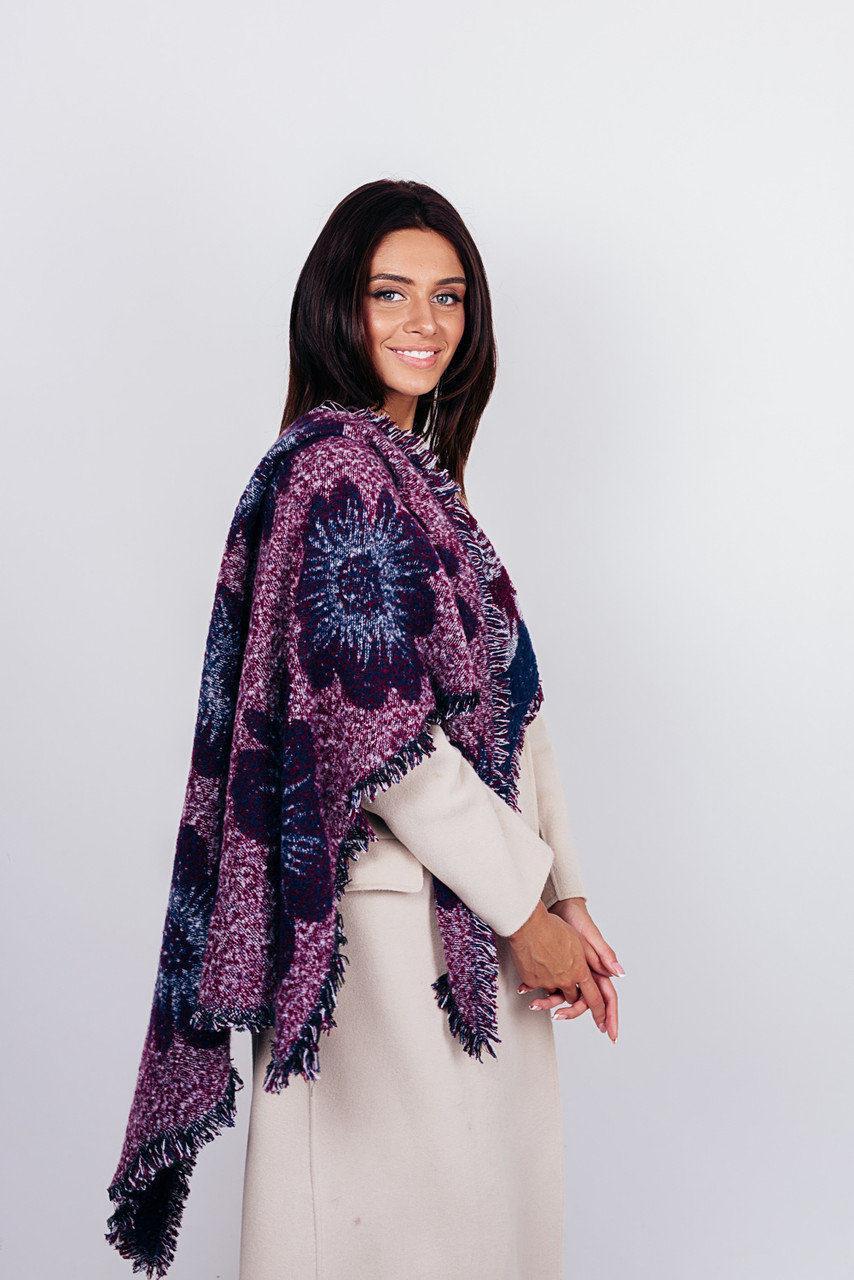 Теплый женственный платок