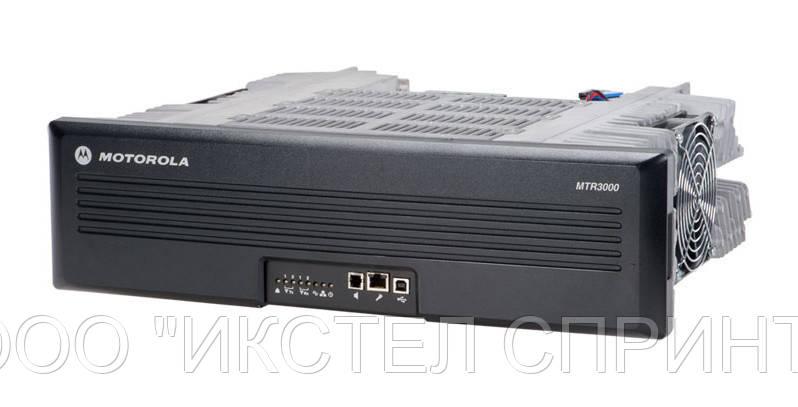 Репитер/Базовая станция Motorola MotoTRBO MTR3000 (до 100W,403-470Mhz)