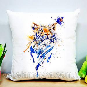 Подушка с тигром и бабочкой