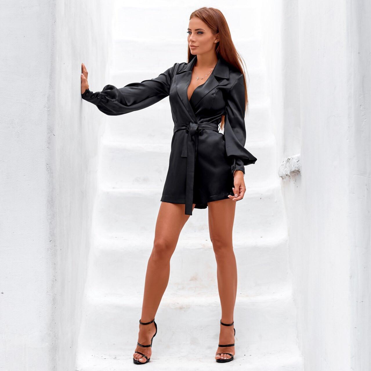 Женское платье-комбинезон с шортами атласное черное